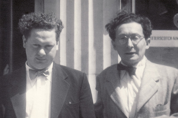 Dylan Thomas and Oscar Williams, in New York, 1953